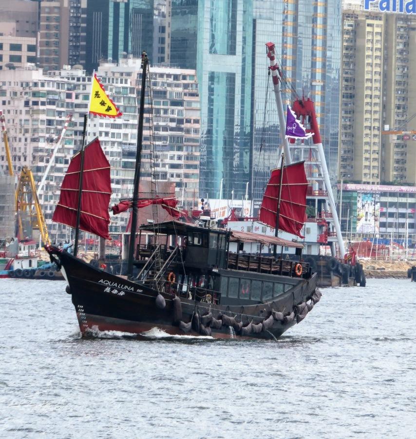 Hong Kong: Star Ferry and Hong Kong InternationalAirport