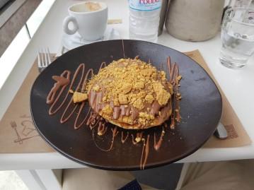 Chocolate Praline Pancakes
